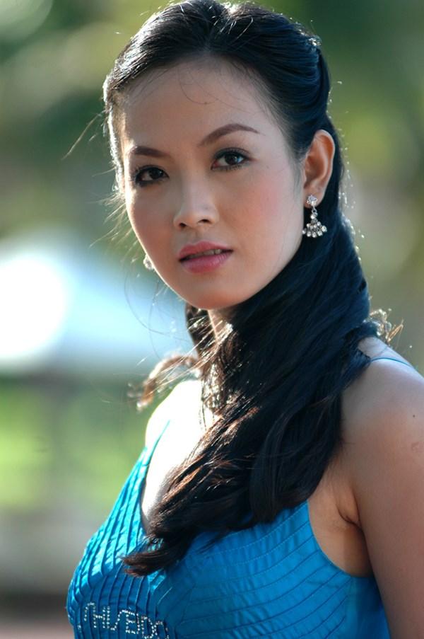 Hoa hậu Việt Nam - Đêm chong đèn ngồi nhớ lại: 'Những cuộc lật đổ