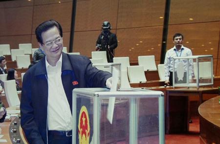 Chiều nay, Ban kiểm phiếu công bố kết quả lấy phiếu tín nhiệm