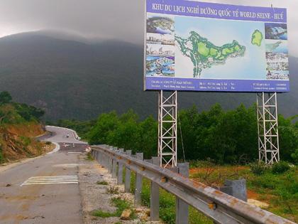 Xây khu nghỉ dưỡng trên đèo Hải Vân: Bước đi cực kỳ nguy hiểm!