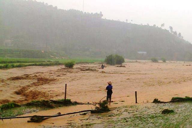 Thời tiết ngày 20/8: Mưa trên cả nước, Bắc Bộ đề phòng lũ quét