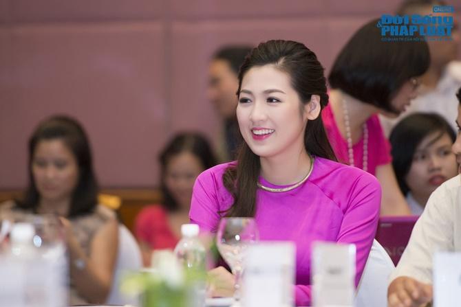 Cận cảnh vương miện 2,5 tỷ của Hoa hậu Việt Nam 2014