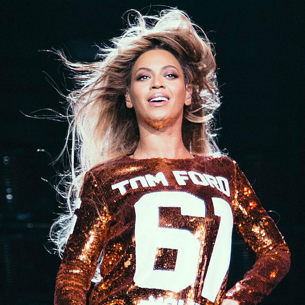 Beyonce dẫn đầu danh sách nữ ca sĩ có thu nhập cao nhất 2014