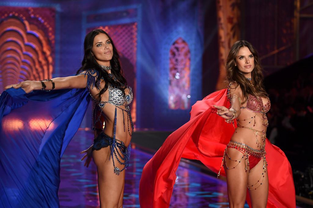 Victoria's Secret Fashion Show 2014:Thiên thần lung linh tỏa sáng