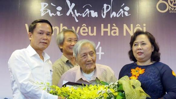 Nhà nghiên cứu 100 tuổi được vinh danh tại Giải thưởng Bùi Xuân P