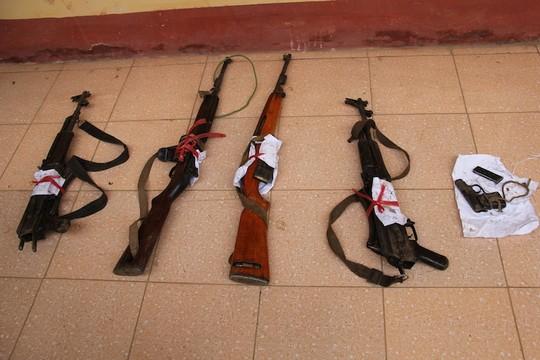 Đấu súng với 25 kẻ buôn heroin, 1 thượng úy công an hy sinh