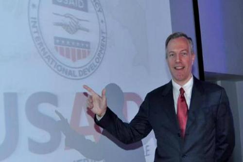 Đại sứ Mỹ đề nghị dỡ bỏ lệnh cấm vận vũ khí với Việt Nam