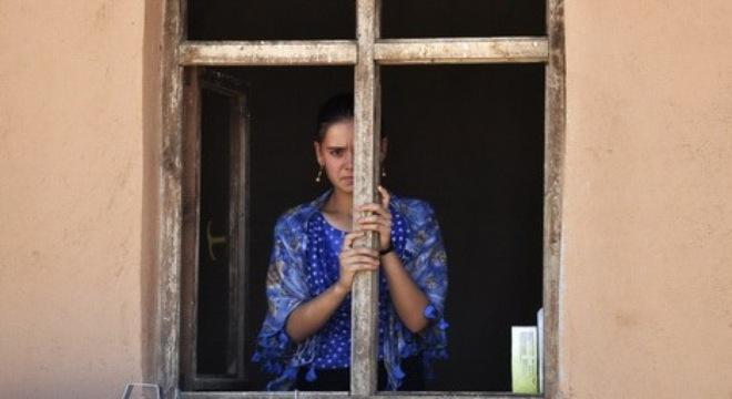 Nô lệ tình dục của IS cầu xin được chết vì bom