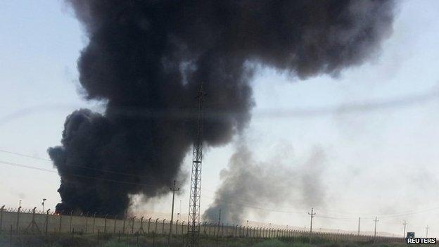 IS buộc phải tháo chạy khỏi mỏ dầu lớn nhất Iraq