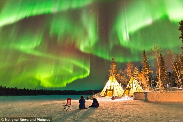 Chiêm ngưỡng hiện tượng cực quang kỳ thú ở bắc Canada - ảnh 1