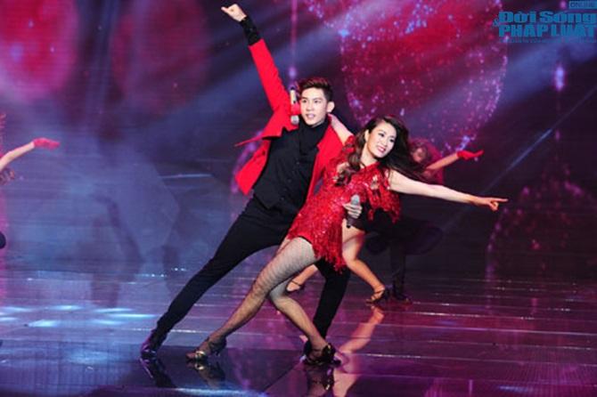 Liveshow 2 Cặp đôi hoàn hảo 2014: Vân Trang - Quốc Đại thắng đậm