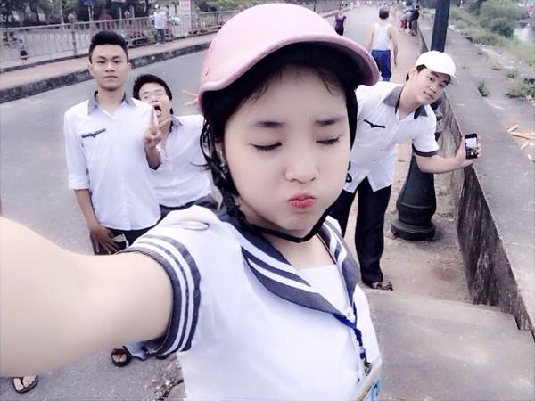 ... nhí nhảnh của tân Hoa hậu Việt Nam 2014 thời học sinh