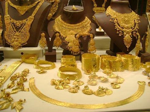 Giá vàng ngày 20/11: Vàng lại lao dốc không phanh