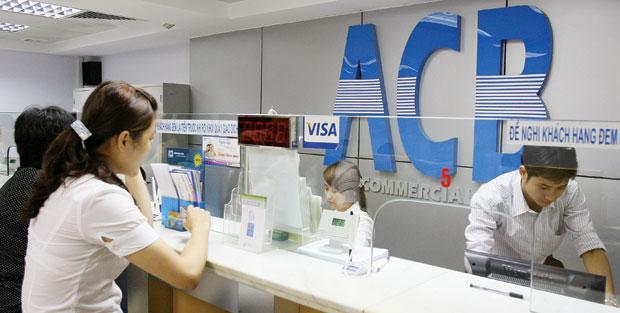 Lãnh đạo ACB nói gì về lợi nhuận giảm, nợ xấu cao?