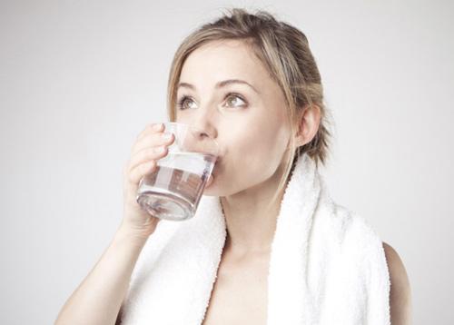 Kết quả hình ảnh cho trị cảm cúm bằng nước nóng