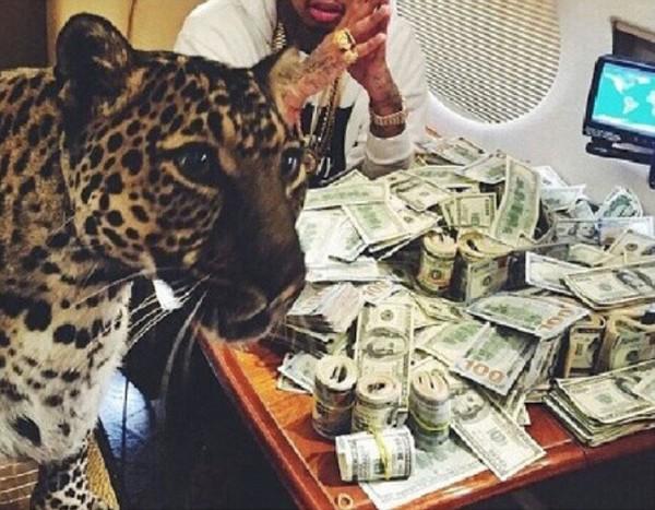 tan thay tran chien vung tien bat mang cua hoi con nha giau mexico 8 Giới siêu giàu quan niệm như thế nào về tiền bạc?