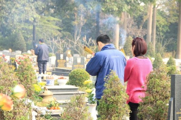 Văn khấn lễ vong linh ngoài mộ trong tiết Thanh Minh