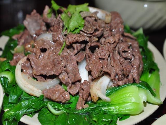 Cách chế biến món thịt bò xào rau cải cho bữa cơm ...