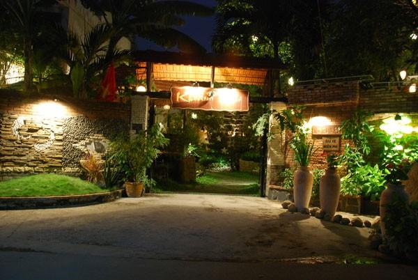 Những quán cafe có không gian lãng mạn dành cho các cặp tình nhân - Ảnh 5