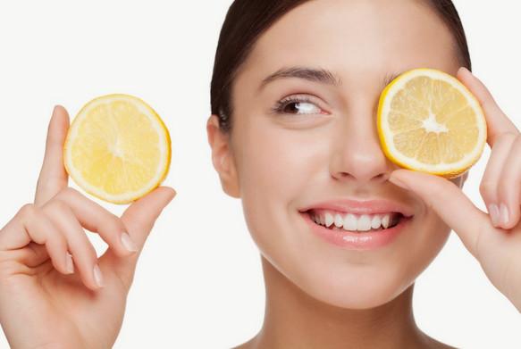 Cách làm mặt nạ trị mụn đầu đen cho da khô và da nhờn