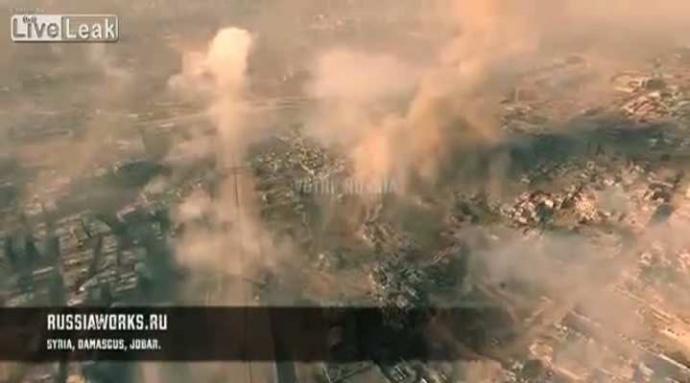 Choáng cảnh không quân Nga hủy diệt IS quay bằng Flycam - ảnh 1