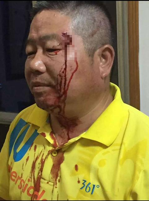 Người đàn ông 13 năm ngăn hơn 300 người tự tử trên sông Dương Tử - ảnh 1
