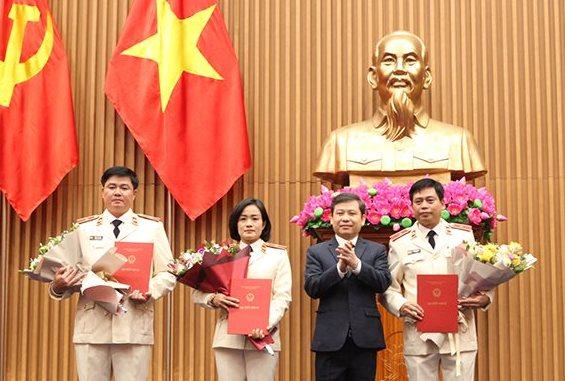 Viện trưởng VKSNDTC trao quyết định bổ nhiệm 3 Vụ trưởng - ảnh 1