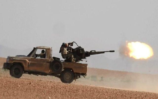 Phiến quân Hồi giáo tiếp tục tấn công vũ trang ở Syria - Ảnh 1