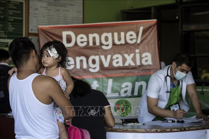 Dịch sốt xuất huyết lan tràn, Philippines vẫn cấm sử dụng vắc xin - ảnh 1