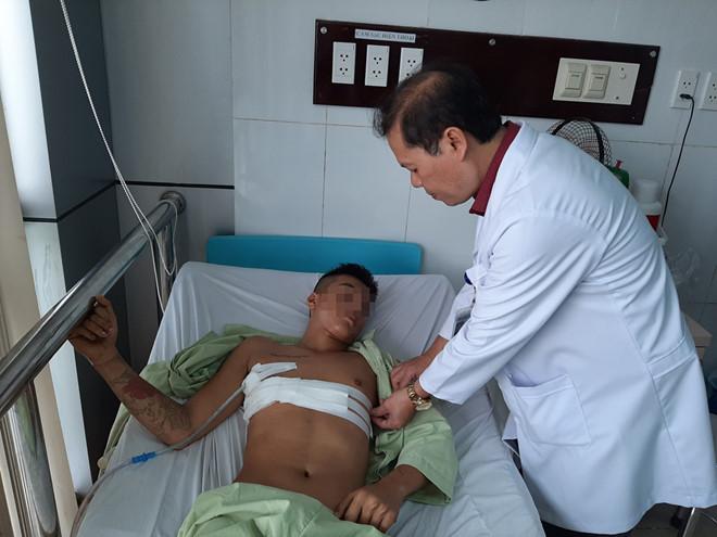 Sóc Trăng: Giáp Tết, cứu sống người bị đâm thủng tim, đột quỵ - ảnh 1