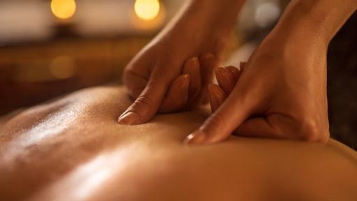 Rủ nhau đi massage