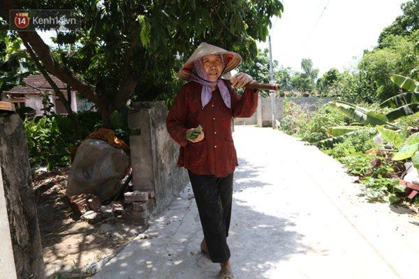 """Bí quyết sống khỏe """"hơn cả cháu"""" của cụ bà nông dân gần 90 tuổi - ảnh 1"""
