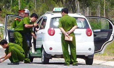 Tài xế taxi bị cướp tài sản trong nghĩa trang ở Sài Gòn