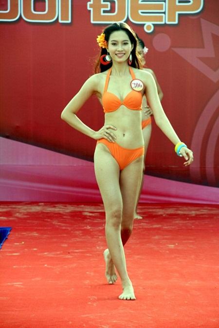 """Hoa hậu Thu Thảo không thiếu nhược điểm tuy nhiên biết cách thức """"che"""" - Ảnh 4"""