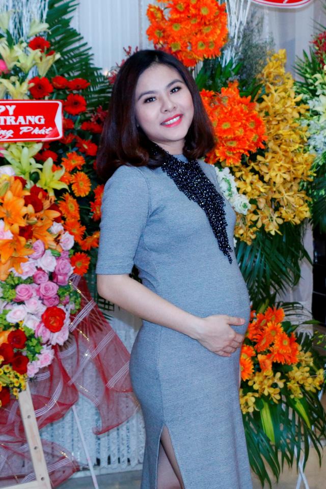 Diễn viên Vân Trang đã sinh thiếu nữ đầu lòng - Ảnh 2