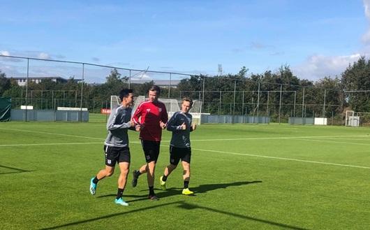 Tin tức thể thao mới nóng nhất ngày 21/10/2019: HLV Heerenveen nói gì về việc chưa tung Văn Hậu vào sân? - ảnh 1
