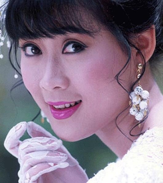 """Diễm Hương - mỹ nhân """"khuynh đảo"""" màn ảnh Việt một thời giờ ra sao? - ảnh 1"""