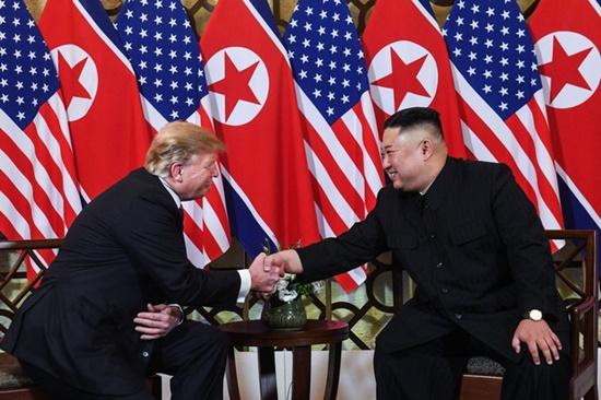 Tổng thống Trump nói gì về điều kiện thượng đỉnh lần 3 của Chủ tịch Kim? - ảnh 1
