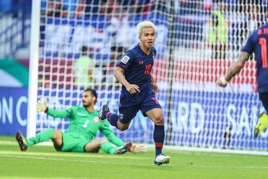 King's Cup 2019: Thái Lan công bố danh sách 35 tuyển thủ, có tên Chanathip - Ảnh 1