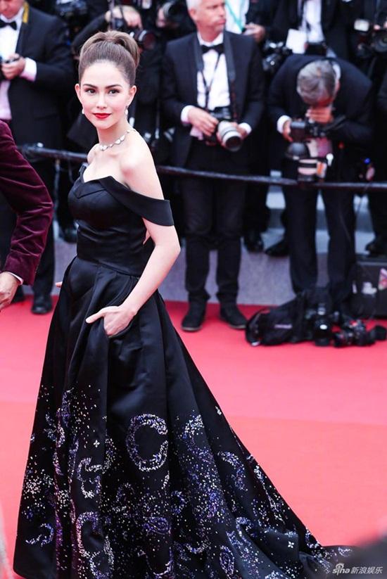 Thảm đỏ LHP Cannes 2019: Elle Fanning lộng lẫy chiếm spotlight - Ảnh 15