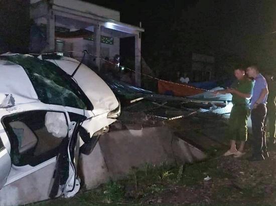 Tin tai nạn giao thông mới nhất ngày 16/5/2019: Tử vong vì xe mất lái trên đường đi cấp cứu đau ruột thừa - Ảnh 2
