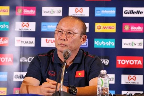HLV Park Hang-seo: Thái Lan rất mạnh nhưng Việt Nam sẽ chơi với tư thế của nhà vô địch - ảnh 1