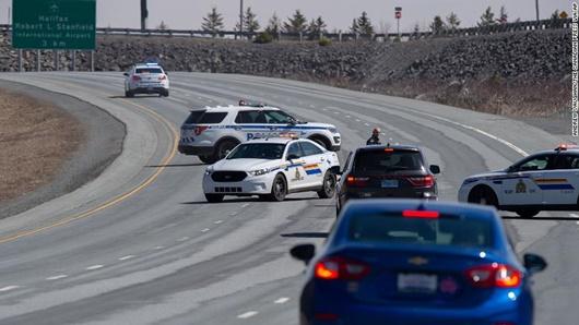 Nạn nhân trong vụ xả súng kinh hoàng ở Canada đã lên tới 23 người - ảnh 1