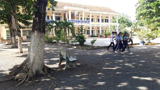Tây Ninh: Thầy giáo bị tố dâm ô nhiều nam sinh lớp 9 - ảnh 1