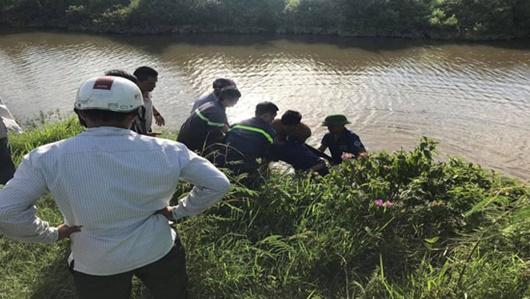 Nghệ An: Nam thanh niên đuối nước tử vong thương tâm khi đi mò trai cùng bạn - ảnh 1