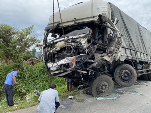 Yêu cầu tước giấy phép doanh nghiệp có xe xảy ra tai nạn 8 người tử vong ở Bình Thuận - ảnh 1