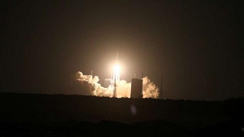 Trung Quốc phóng thành công tên lửa mạnh nhất Long March CZ-5 - ảnh 1