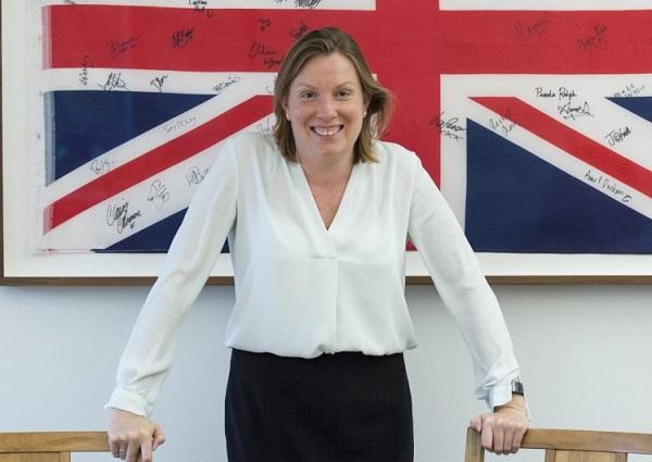 Bộ trưởng Cô đơn Tracey Crouch - Ảnh: Rex.
