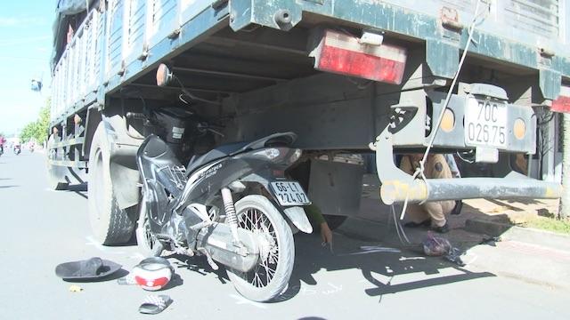 Tin tai nạn giao thông mới nhất ngày 5/10/2017 - ảnh 1