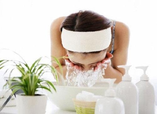 Image result for Làm đẹp da mặt bằng nước vo gạo