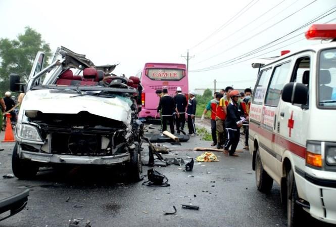 Tin tức mới nhất vụ tai nạn giao thông ở Tây Ninh, 6 người tử vong - ảnh 1